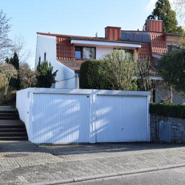 Verkauft! Große Doppelhaushälfte mit Einliegerwohnung und 2 Garagen – gute Wohnlage in Sinzheim!