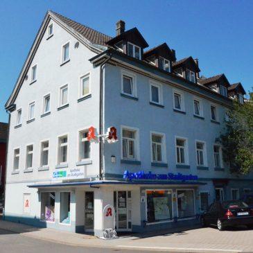Helle und großzügige 7 Zimmer Eigentumswohnung  oder Büro mit Balkon und 2 PKW Stellplätzen in Bühl nähe Stadtpark