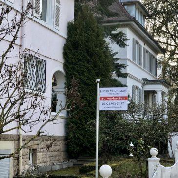Stadtvilla mit viel Charme und großer Einliegerwohnung sowie Garten und Doppelgarage in Baden-Baden