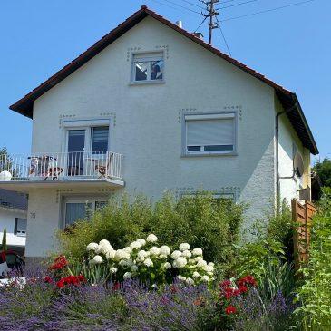 Baden-Baden Neuweier – 4 Familienhaus sehr ruhig gelegen mit 2 Garagen