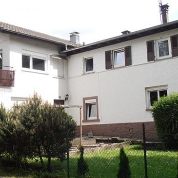 VERKAUFT!! Langfristig vermietetes Mehrfamilienhaus mit 10 Einheiten